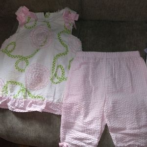 Bonnie Baby girl's 2-piece outfit